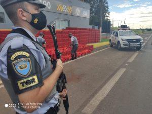 POLICIAMENTO RODOVIÁRIO APREENDE QUASE 4 TONELADAS DE MACONHA